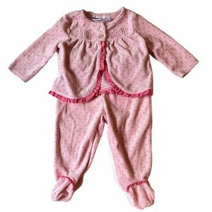 5/$15 Babies R Us pink two piece outfit 6 months